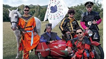 Utazás egy képzeletbeli világba a Kerekes Banddel