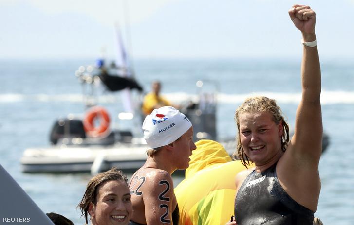 A holland Sharon van Rouwendaal megnyerte a 10 kilométeres nyílt vízi úszást.