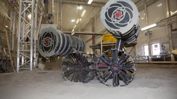 bányászrobot YAY! Ilyen önjáró bányászrobotok túrják majd a marsi port