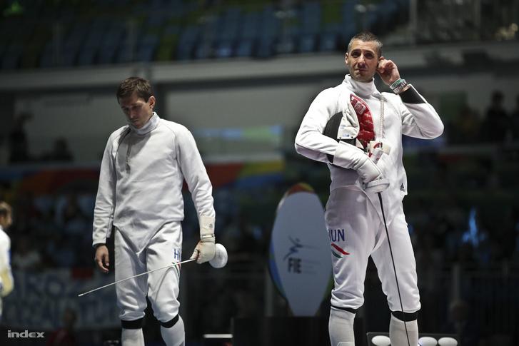 Imre Géza (b) 20 év után jutott olimpiai elődöntőbe, az atlantai olimpián bronzérmes lett. Most a nyolc közé jutásért került össze egy csapattársával, mégpedig Boczkó Gáborral (j).