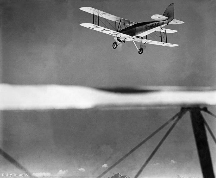 Clydesdale gépe a kísérőgépből fotózva