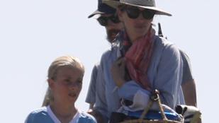 Julia Roberts családi élete most már tényleg túlzásnak tűnik