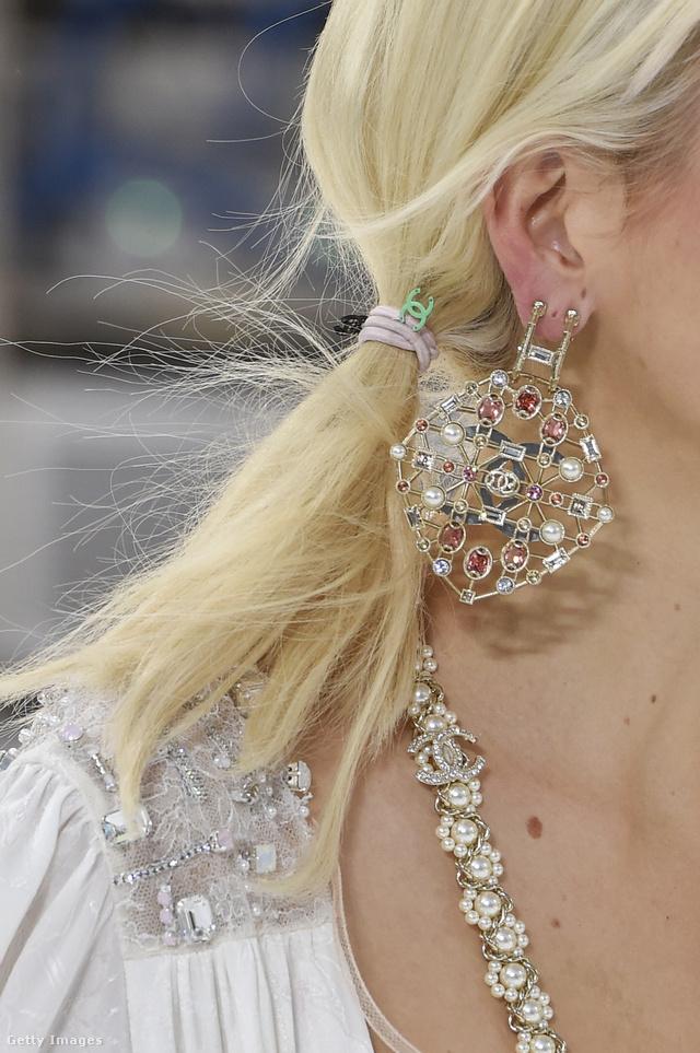 A hétköznapi trendeket keverjük a luxussal a Chanel szerint.