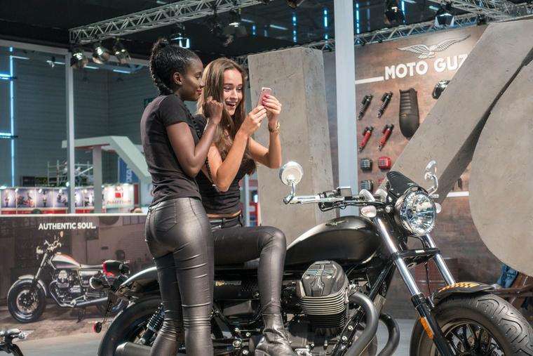 A Moto Guzzi nagyon tud valamit, a V9 Bobber pedig a stílus doktori disszertációja.