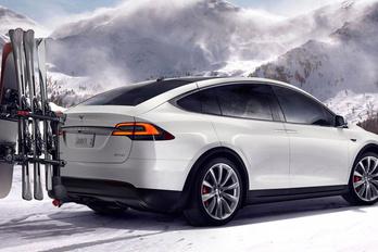 Eltűnik a legolcsóbb Tesla Model X