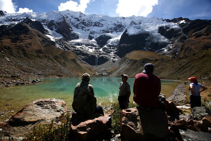 Salkantay túraútvonal az Andokban, kilátással a gleccserekre