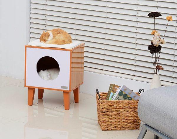 Sokkal inkább éjjeliszekrényre, mint giccses macskalakra hasonlít ezt a modern darab, amiért 40 dollárt, 10.950 forintot kell fizetni az amazon.com oldalán.