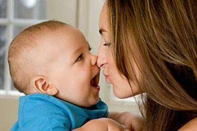 baba mama puszi kicsi