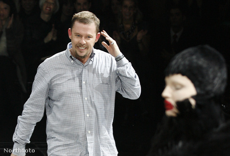 Alexander McQueen 2009. márciusában