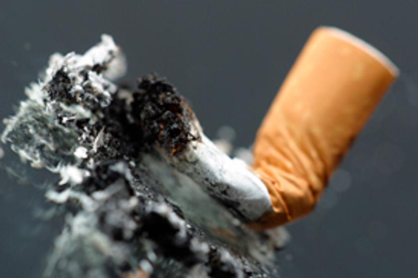 mely híresség hagyta abba a dohányzást 2021-ban
