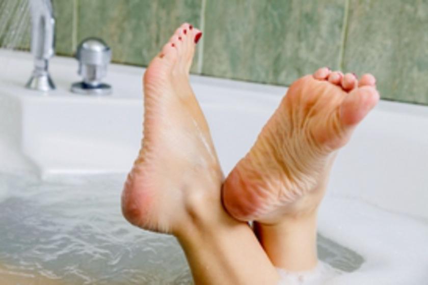 Bőrkeményedés eltávolítása szódabikarbónával
