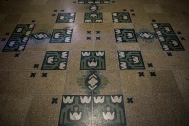 A Walla-cég szecessziós mozaik- vagyis terazzólapjai a Gutenberg Otthonban (Kölcsey utca 2.)