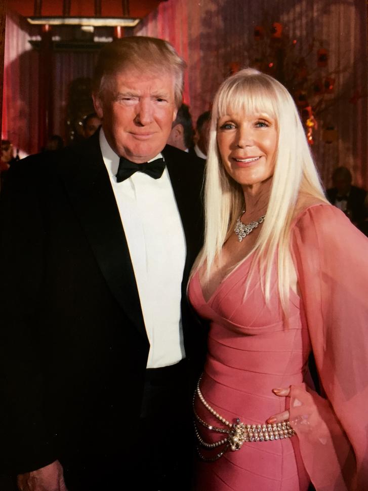 Trump és Varga Ildikó