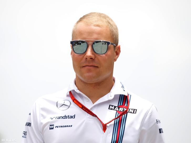 Bottas a rendes Williams-pólóban