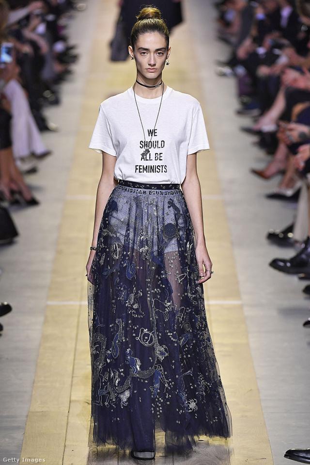 A feminizmust üdvözölte a Dior első női vezető tervezője, Maria Grazia Chiuri.