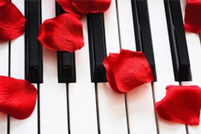 rozsaszirom zongoran