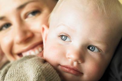 kisgyerek anya