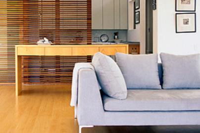 szurke kanape szoba