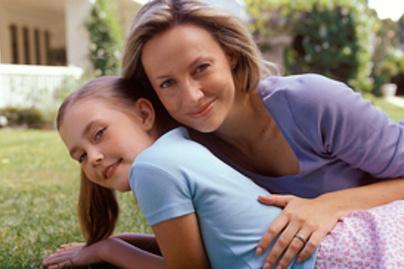 anya kert kislany mosoly