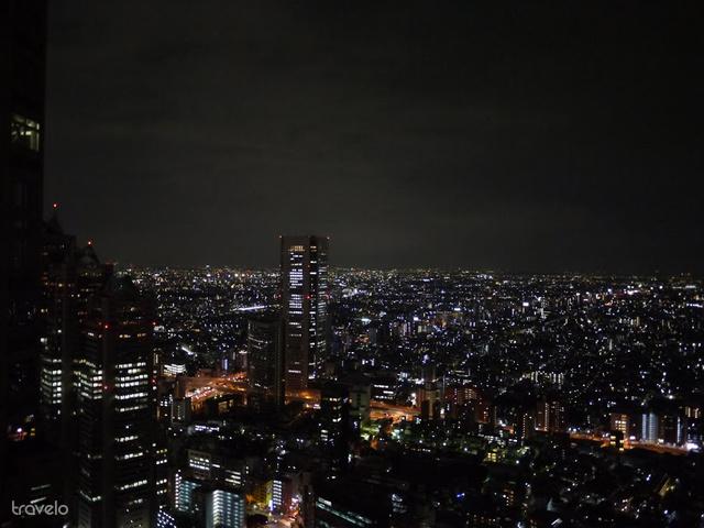 Tokiót felülről is látni kell, amit a városi kormányépület épületéből ingyen is megtehetünk