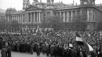 A pártsajtó ellenforradalmárok elleni hajszáról írt a Kossuth téri sortűz után