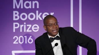 Az idei Man Booker-díjas könyv áttapos minden társadalmi tabun