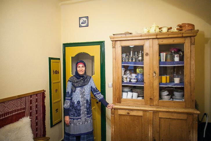 Czink Ibolya Beatrix leányfalui otthonában