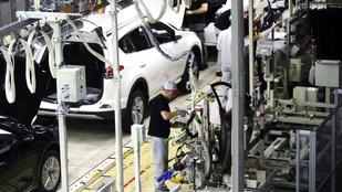 Közel 16 ezer hazai Toyotában lehet veszélyes a légzsák