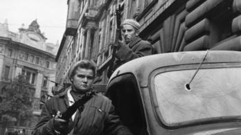 Elkezdték kivonni a szovjet csapatokat