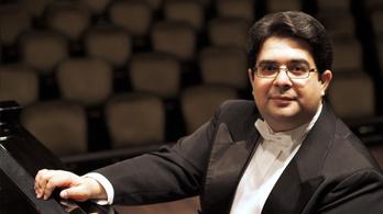 A zongorista költő a Zeneakadémián