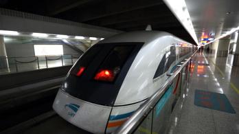 Hatszázzal lehet majd vonatozni Kínában