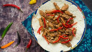 Gyorsan finomat: kínai ötfűszeres csirkemell