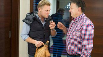 Állami nagyberuházások beszállítóiként tűnnek fel az Orbán család cégei
