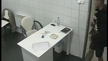 A wc-s néni mobilját lopták el Újbudán