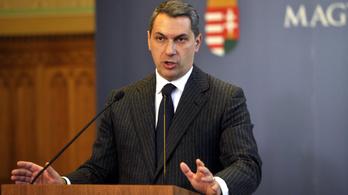 A Fidesz elkezdte látványosan nyomatni, hogy brutális, háborús, hiperdurva kampány jön