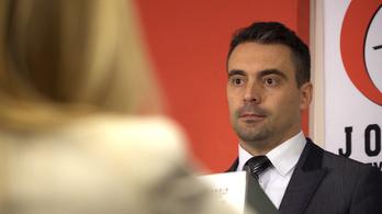 Vona: Büszke hetero vagyok, de Orbánnal leülnék, mint férfi a férfival