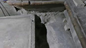 Felnyitották Jézus sírját
