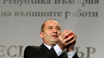 Bolgár választás: nyert az oroszbarát jelölt, lemond a miniszterelnök