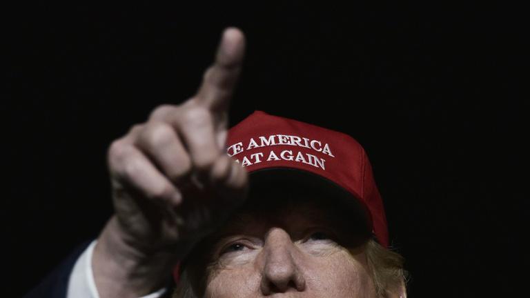 A mi zsebünk is bánni fogja Trumpot
