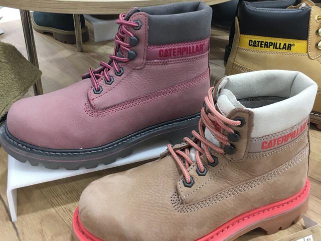 Office Shoes: Caterpillar, 34.990 forint