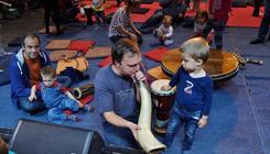 Karácsonyi hangszersimogatót tartanak Óbudán