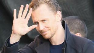 Tom Hiddlestont egy új nővel látták
