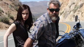Mel Gibson véres szájjal kér bűnbocsánatot