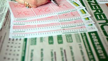 61 embernek lett ma négyese a lottón