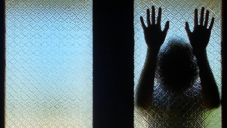 Szifilisszel fertőzte meg 3 éves unokahúgát egy örkényi férfi