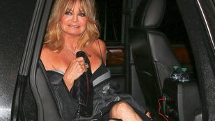 Goldie Hawn ruháját a 71. szülinapján tényleg csak a szentlélek tartotta