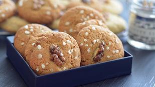 Ropogós diós-vaníliás keksz