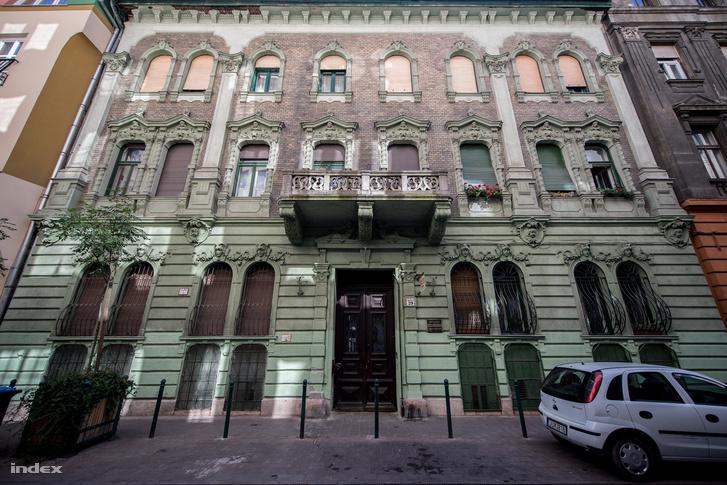 Az Angyal utca 29., ahol Füst Milán lakott