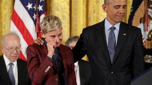 Könnyek és röhögés a Fehér házban: Obama hollywoodi hírességeket tüntetett ki
