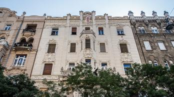 A belvárosi fantom, Kertész Balázs irodájának még az adásvételi szerződése is eltűnt